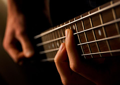 Bass guitar lessons sydney